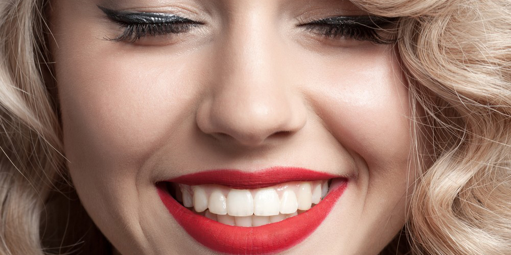beautiful-straight-teeth-1-1000x520@2x-1